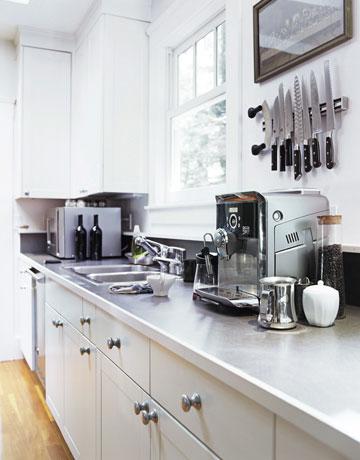TF Kitchen -white-kitchen-counter-0211-de