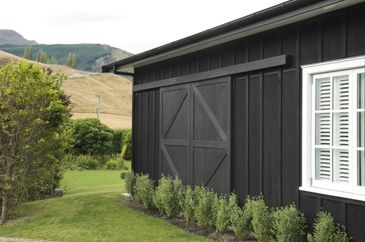 Barn exterior - sliding door - H&GNZ
