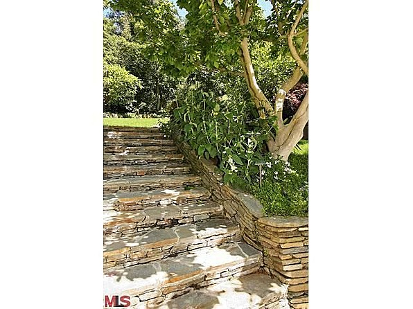 Garden steps - amy adams