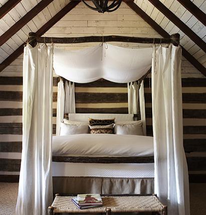Rustic 4 poster bed - susanne kasler