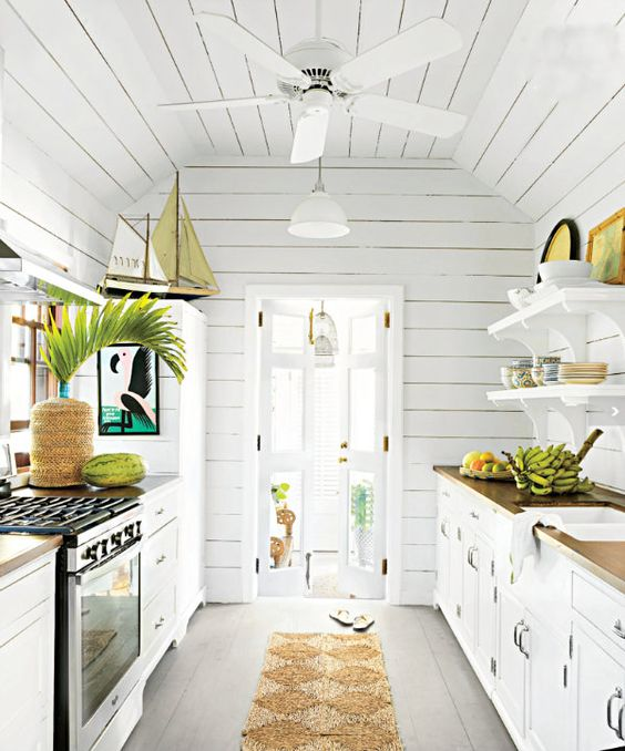 Beach_cottage_kitchen
