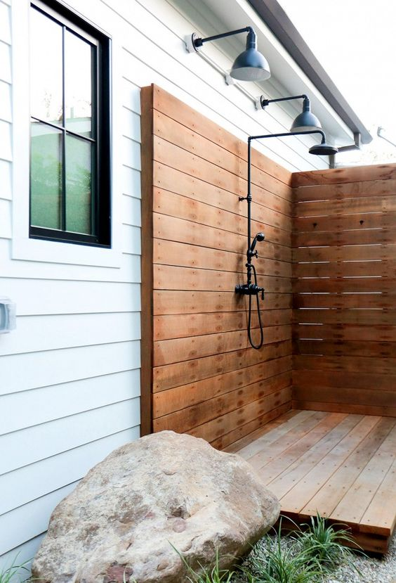 Outdoor_shower