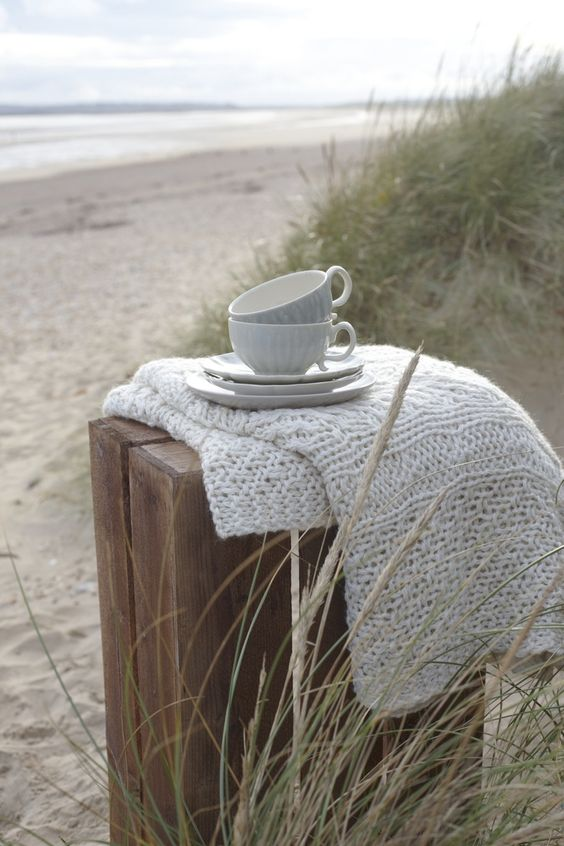 Tea_at_beach