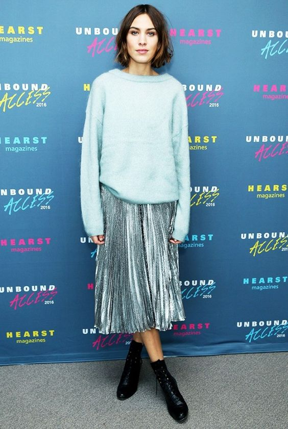 Pleated_silver_skirt
