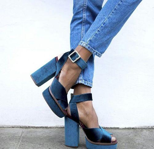Stacked_heel